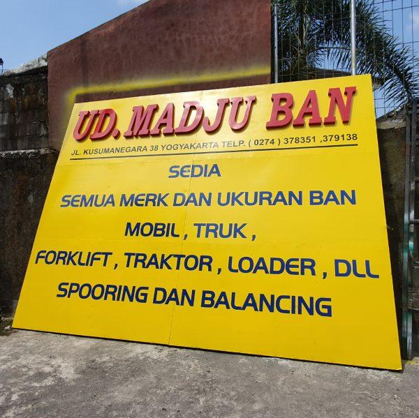 Jasa Pembuatan Neon Box di Mojokerto Murah dan Berkualitas